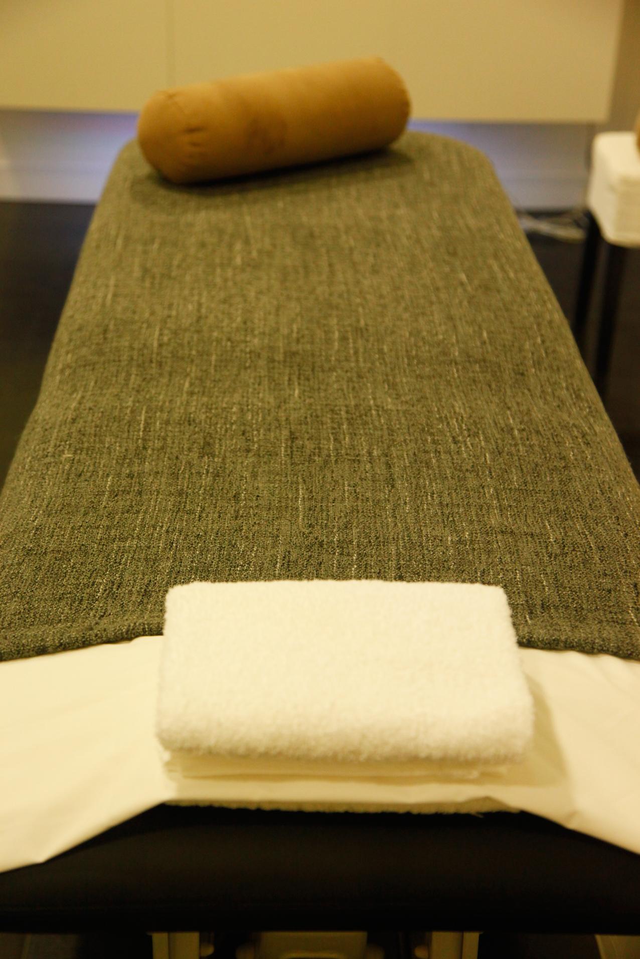 masaje bio energitico de chackas, love in care, belleza, tratamiento, masajes, energía, reiki,