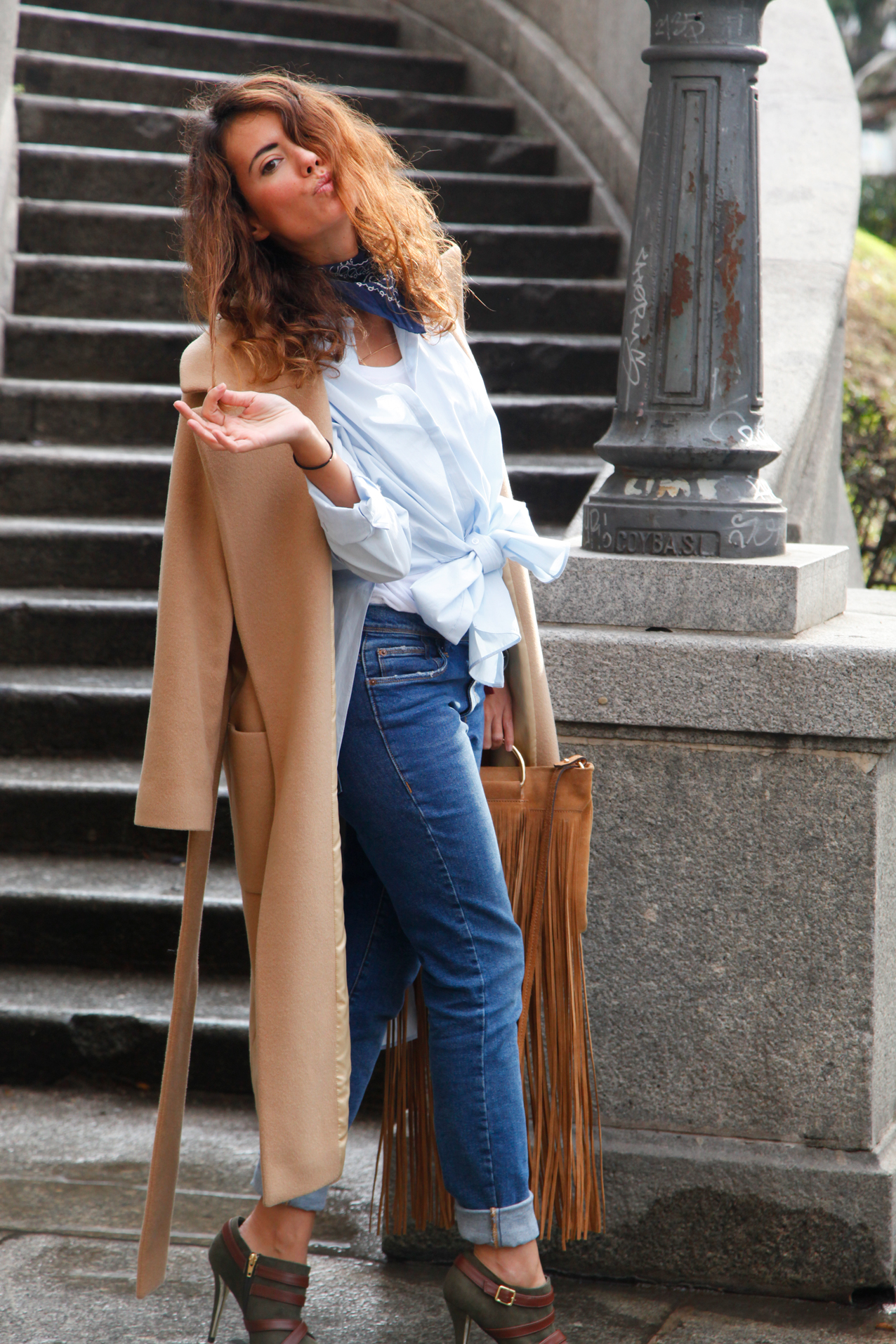 long shirt, pussy shirt, working look. elixa, camel coat, fashion blog, cool lemonade