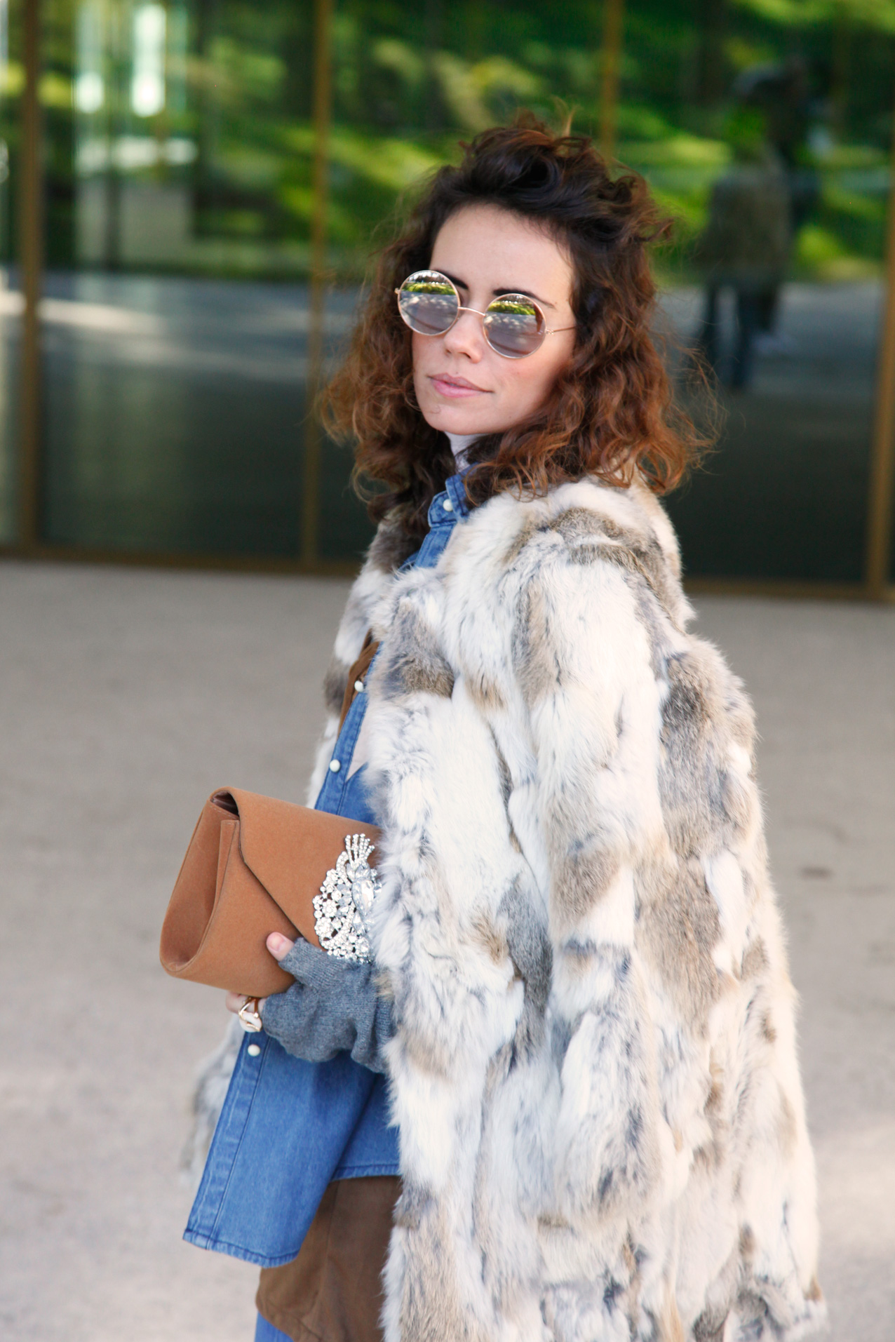 seventies-winter-look-polinetmoi-streetstyle-faux- fur-coat-cool-lemonade