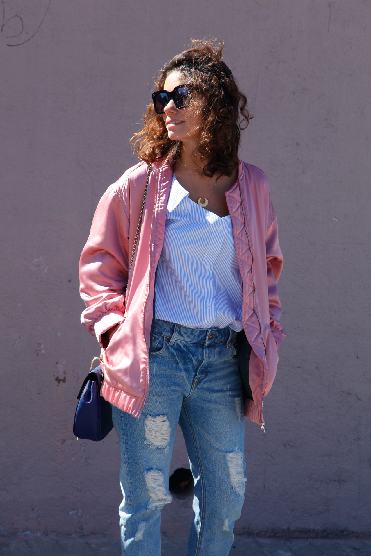Spring-look-shoulder-off_shirt_espardrilles_streetstyle-cool_lemonade-bomber