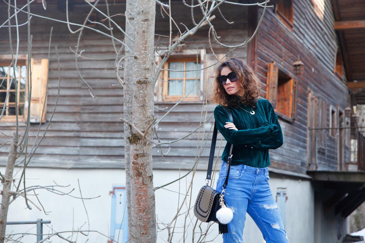 green_velvet_top-cozy_look_cool_lemonade_streetstyle_