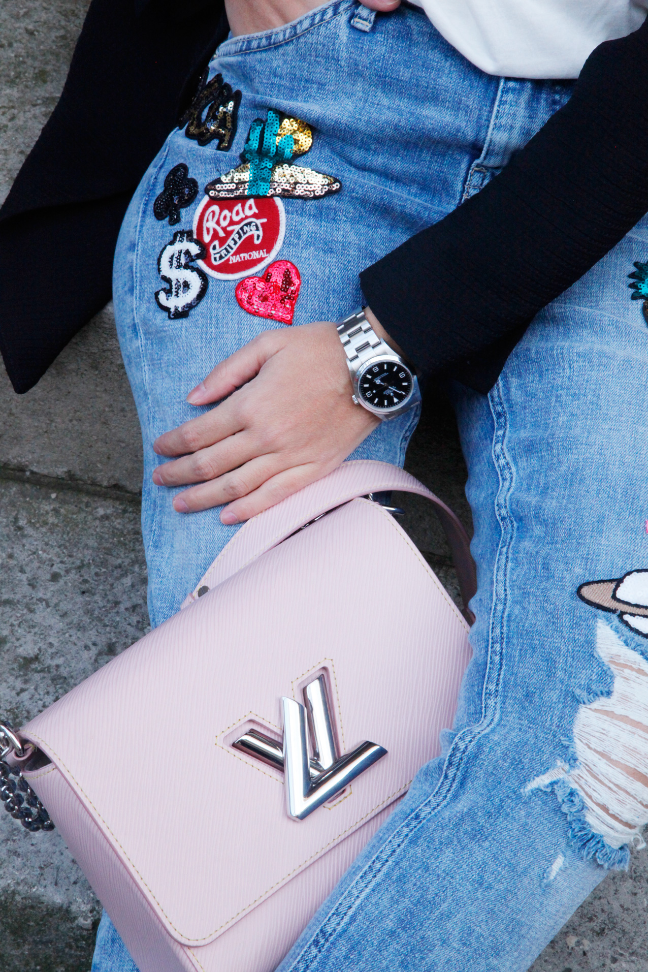 stickers_jeans-crop_blazer-streetstyle-cool_lemonade
