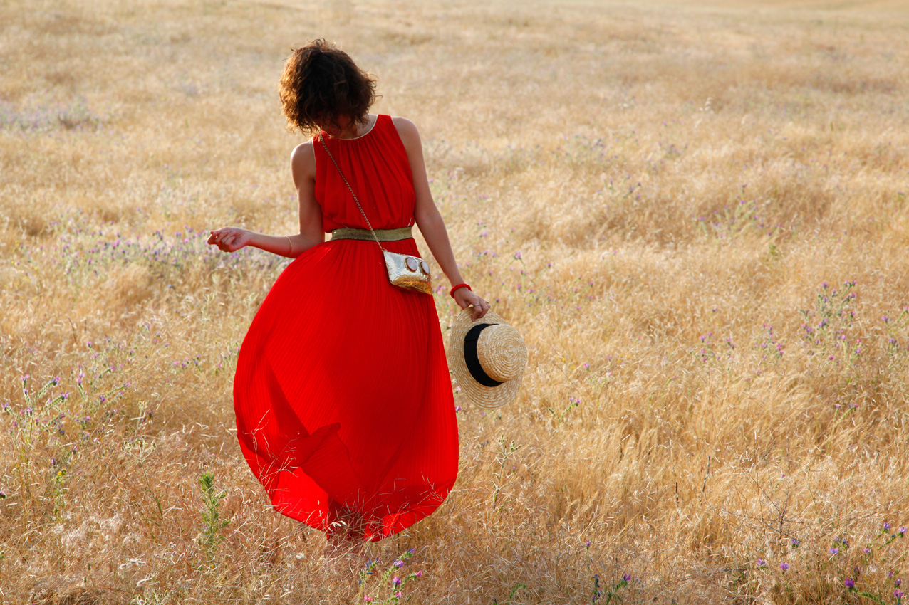 long_red_dress-hat-gucci-style-streetstyle-cool_lemonade