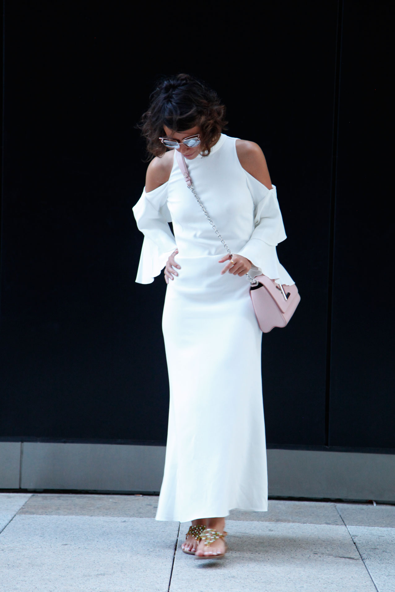 off_shoulder-white_dress-cool_lemonade-streetstyle-blog