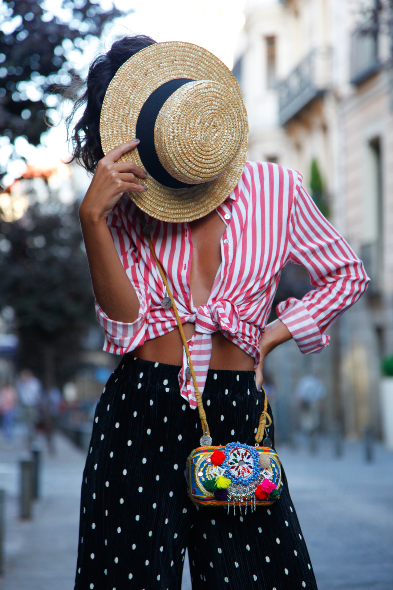 strippes_and_dots-cool-lemonade-streetstyle-curvy_hair-look-au16