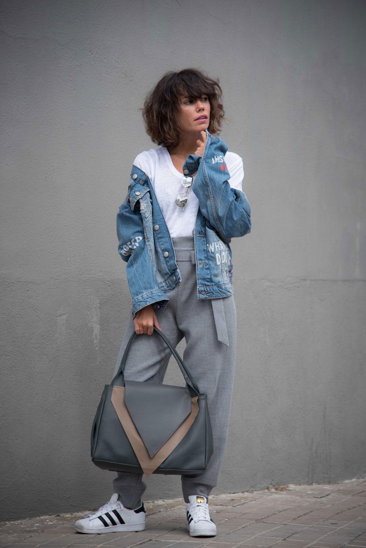 be_le_muy-bag-mogambo-cartoons_denim_jacket-grey_look-streetstyle-cool_lemonade10