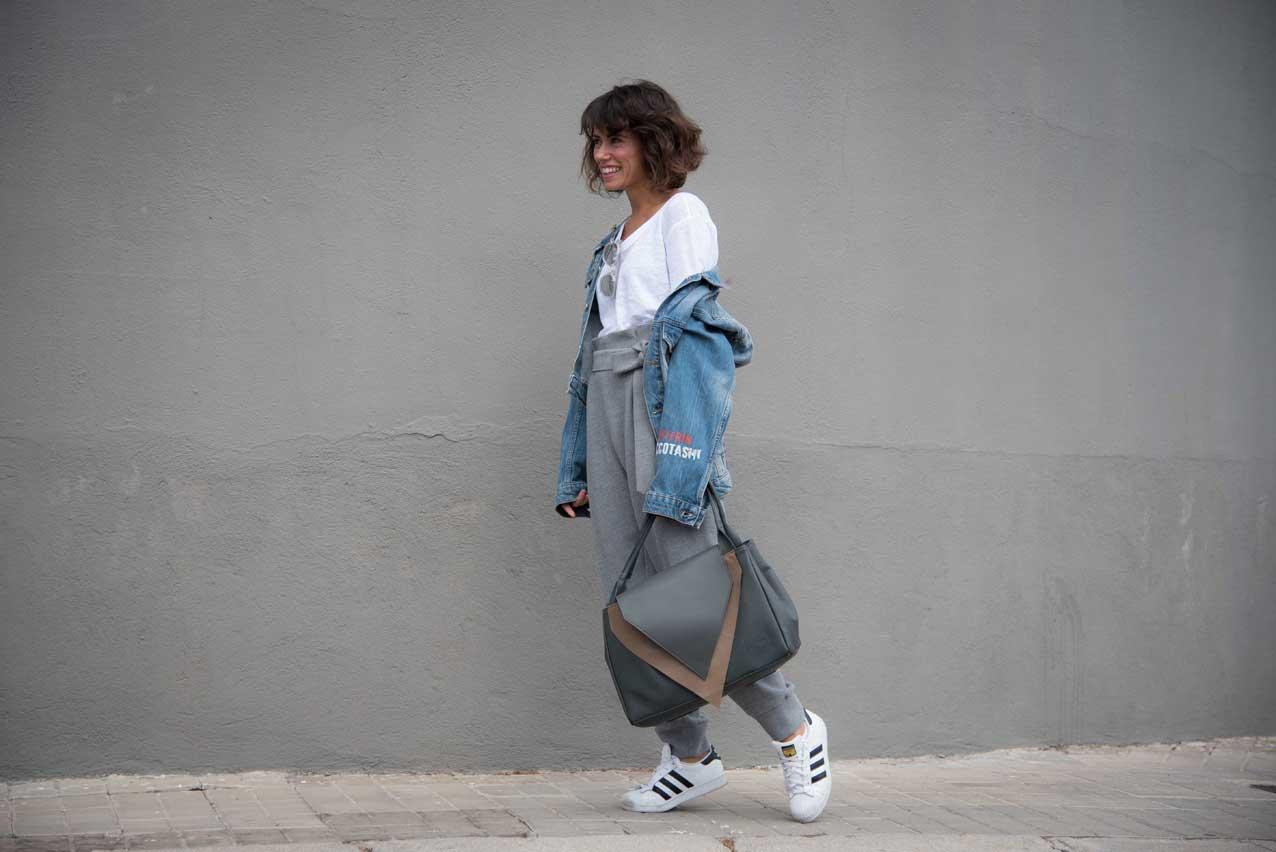 be_le_muy-bag-mogambo-cartoons_denim_jacket-grey_look-streetstyle-cool_lemonade3