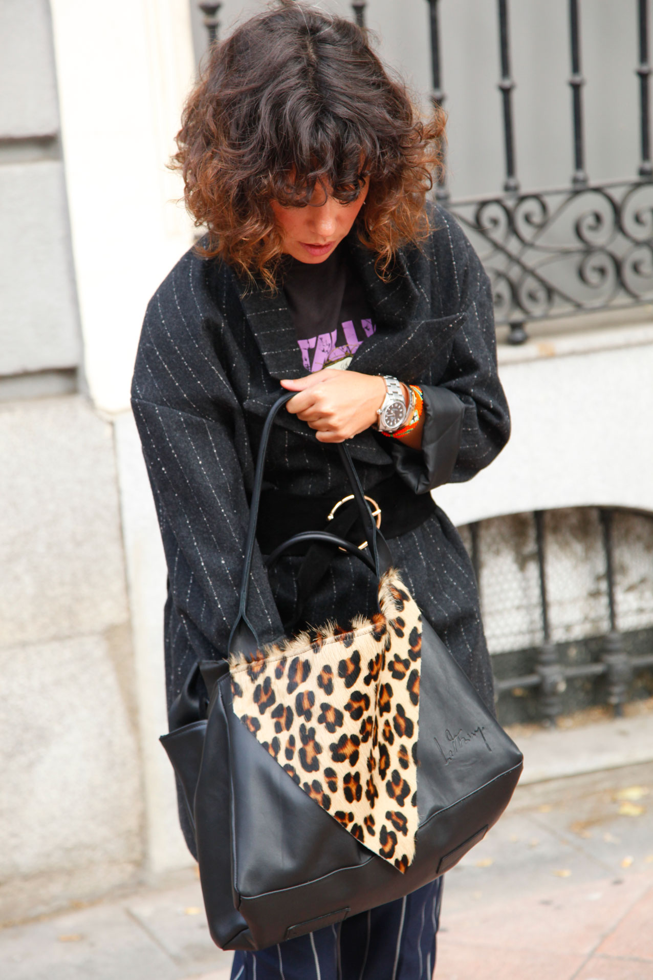 le-muy-mogambo-bag-leopardo-and-siplomatic-metallica-shirt-cool-lemonade-streetstyle7