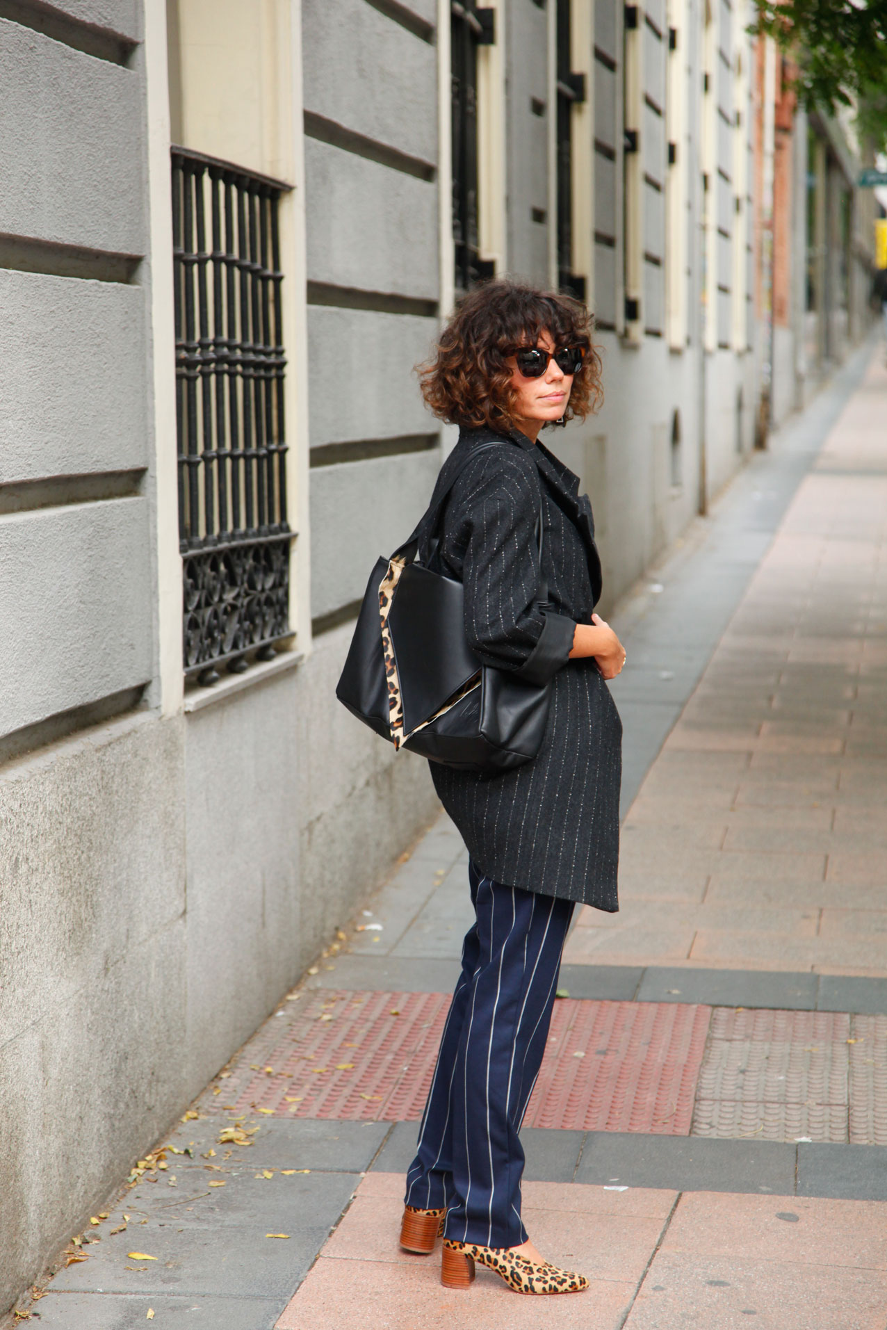 le-muy-mogambo-bag-leopardo-and-siplomatic-metallica-shirt-cool-lemonade-streetstyle8